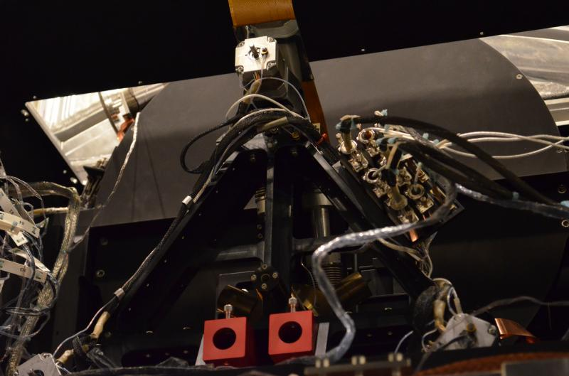 EMIR Near Infrared Multi-Object Spectrograph for GTC - DTU/Detector